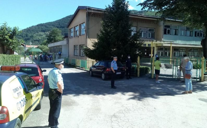 Fočanska policija vrši pojačanu kontrolu saobraćaja u blizini škola