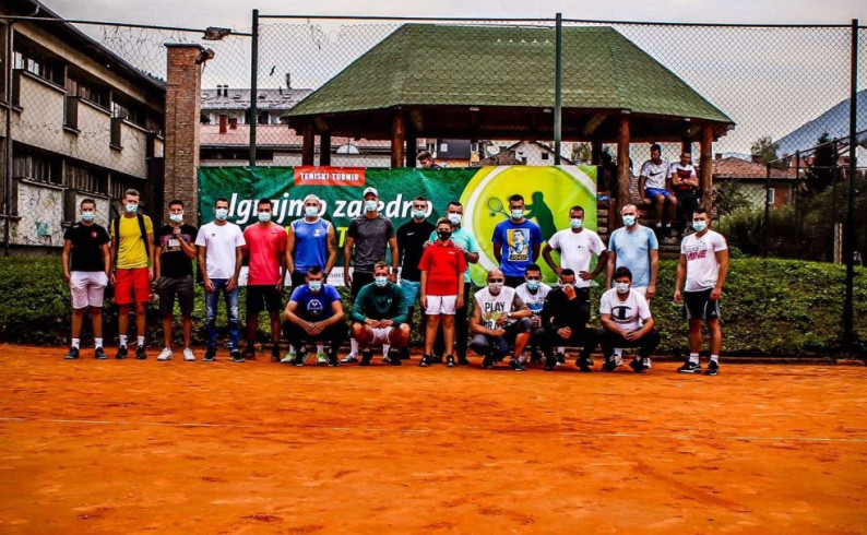 Druženje teniskih rekreativaca u Foči- najbolji Luka Miletić