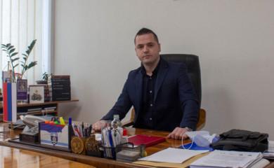 Vukadinović: Božić da donese mir u duši, zdravlje i veselje u životu