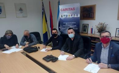 """Opština, Karitas i """"Mraz"""" potpisali sporazum o zapošljavanju 30 radnika"""