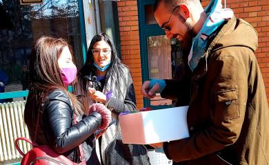 Pažnja i originalnost studenata FTN za praznik žena
