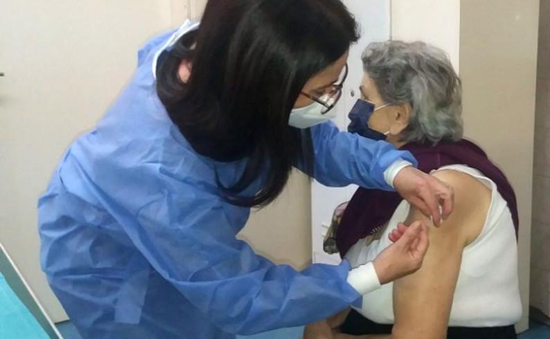 Počela vakcinacija starijih od 65 godina u Foči