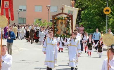 Proslavljena krsna slava: Narod pobjeđuje molitvama Svetog Nikolaja