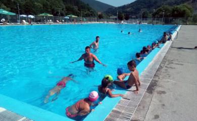 """Akva park """"Ušće"""": Školu plivanja prošlo 26 djece"""