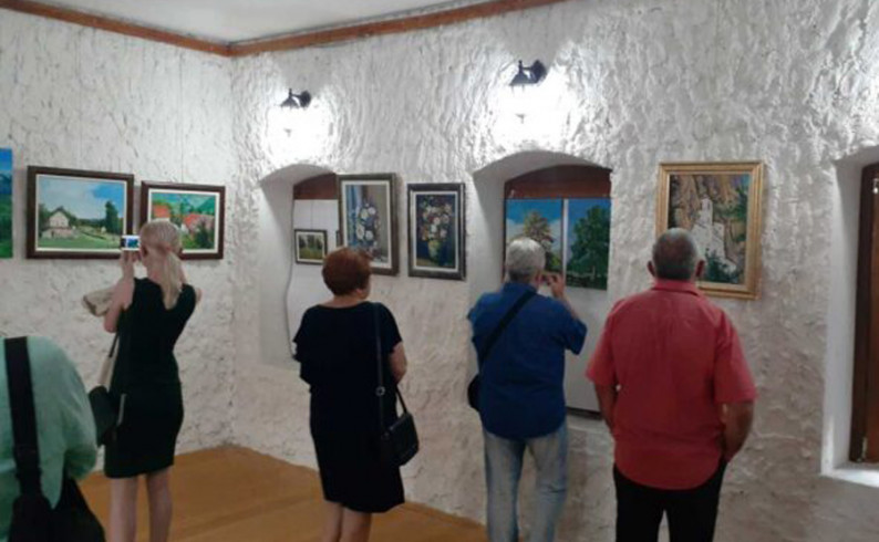 Izložba slika u Fočanskoj kući do polovine avgusta